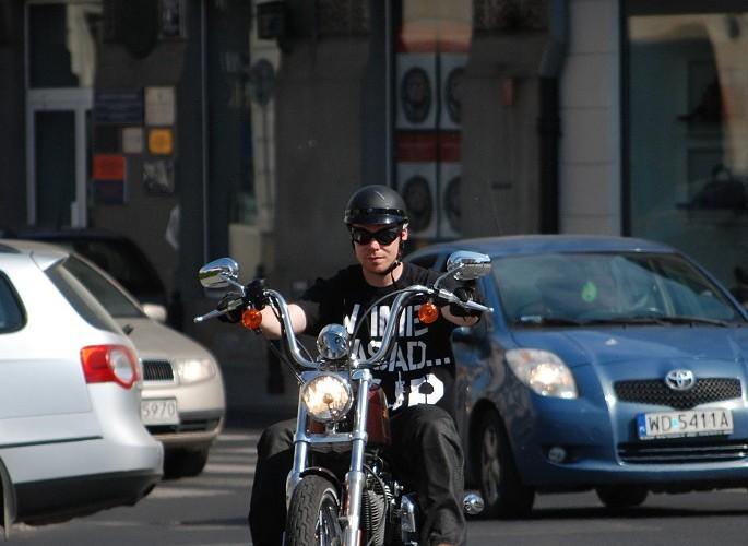 Harleyem przez miasto