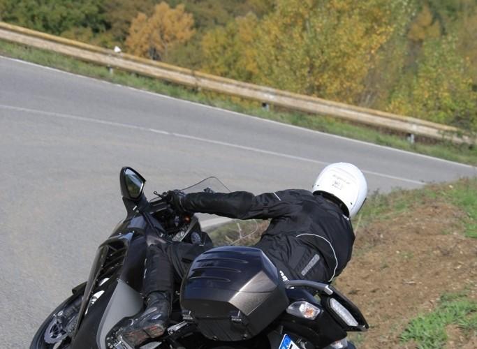 Kawasaki 1400 GTR 2010 od tylu