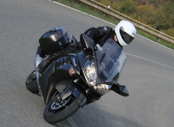 Kawasaki 1400 GTR 2010 osiagi