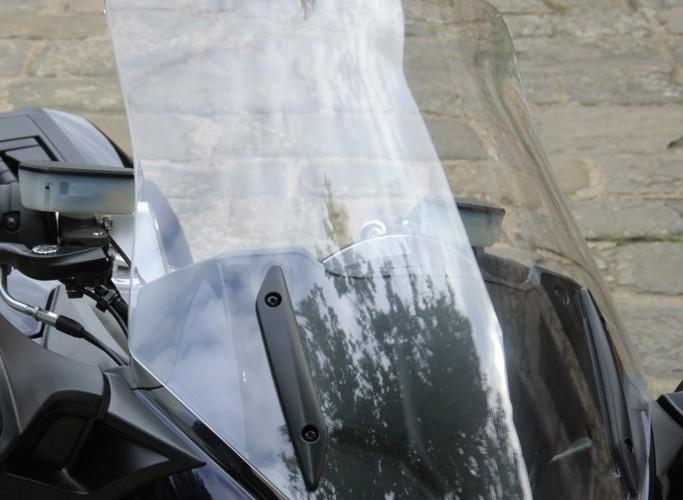 Kawasaki 1400 GTR 2010 szyba dol