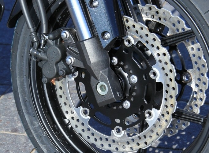 Kawasaki Versys przednie zawieszenie