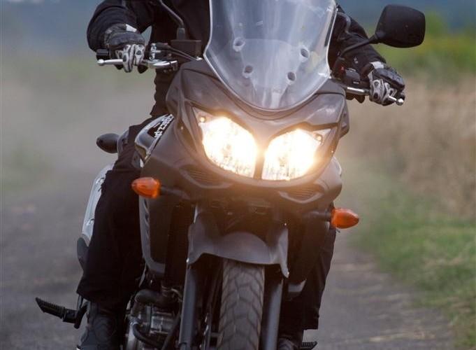 swiatla Suzuki V-Strom 2012