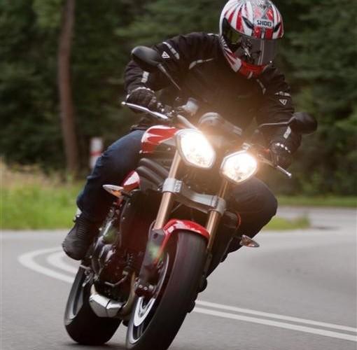 swiatla Triumph SpeedTriple 1050