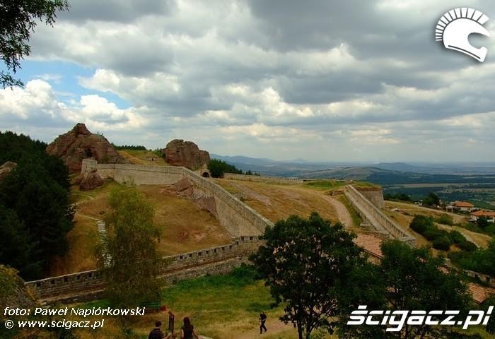 forteca mury Bulgaria i Rumunia na motocyklach - be hardcore