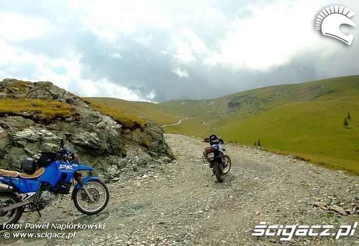 kiepska droga Bulgaria i Rumunia na motocyklach - be hardcore
