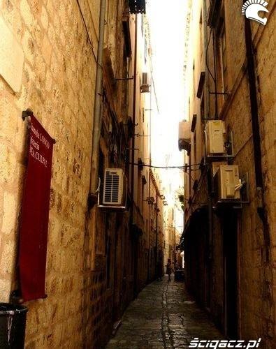 uliczka long way podroz po europie