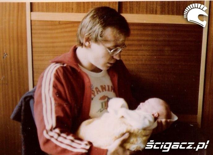 Lukasz Uhma z dzieckiem 1976
