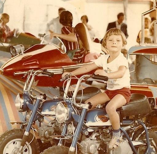 Nawet na Karuzeli Rafal wybieral motocykle 1978