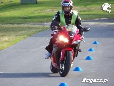 motocykl Slalom