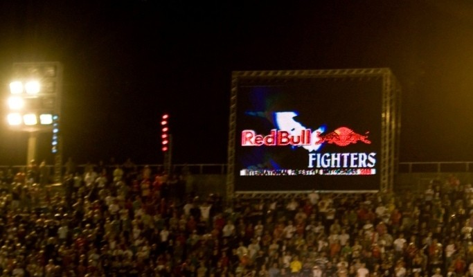 Backflip Red Bull X-Fighters fot Flo Hagena Red Bull Photofiles