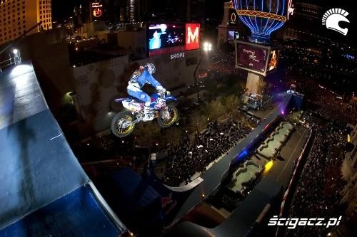 Red Bull New Year No Limits Robbie Maddison Fot Christian Pondella Red Bull Photofiles1