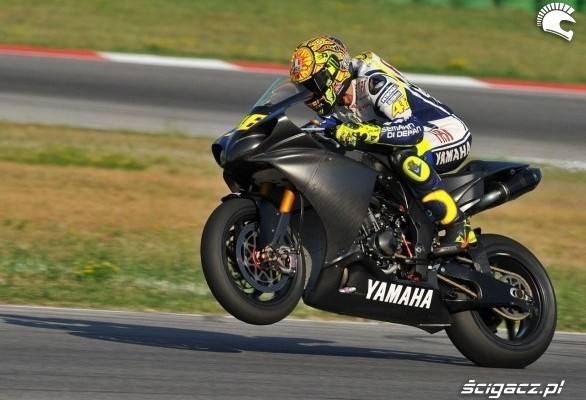 rossi misano test na gumie