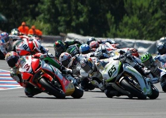 Wyscig klasy Superbike Brno 2010 z