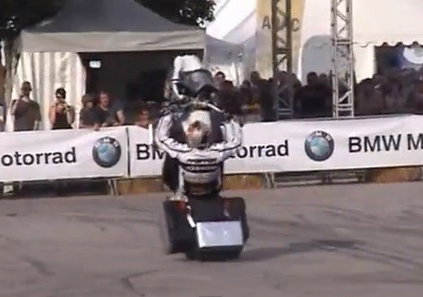 stunt BMW z