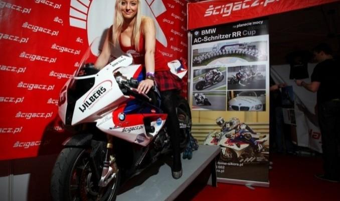 scigacz pl s1000rr Targi Motocyklowe w Warszawie III Ogolnopolska Wystawa Motocykli i Skuterow 2011 z