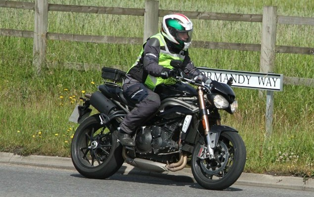 triumph speed triple 2016 z