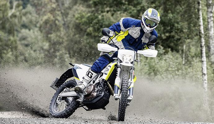Husqvarna MY17 701 Enduro szutry z
