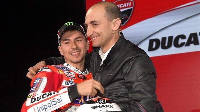 Jorge Lorenzo i Claudio Domenicali z